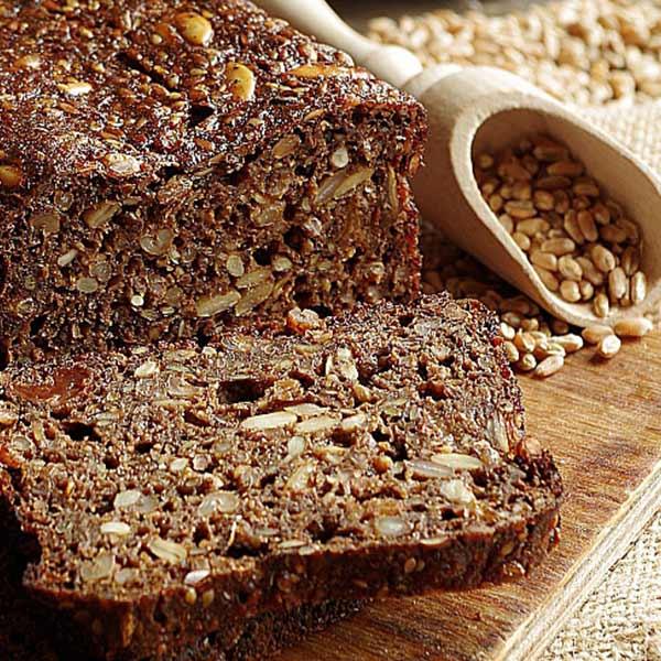 Бездрожжевой хлеб на кефире с семечками и орехами