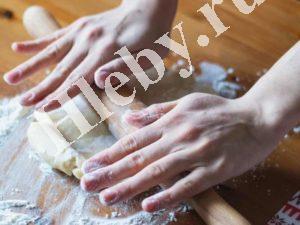 Готовим тесто для хлеба
